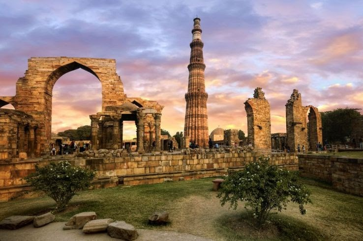 Incredible Tourist Places to Explore Near Delhi Airport